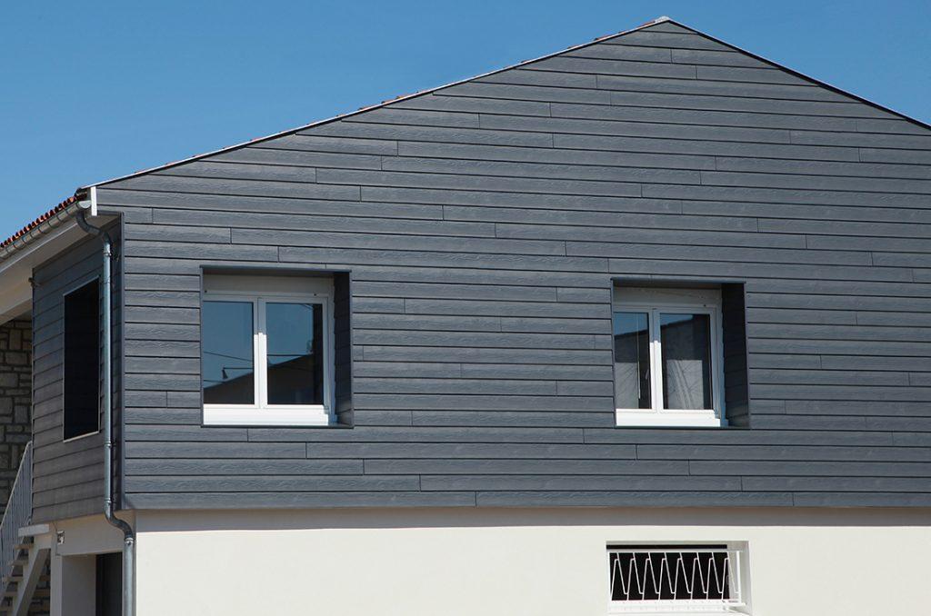 Fassadenverkleidung aus Holz-Kunststoff